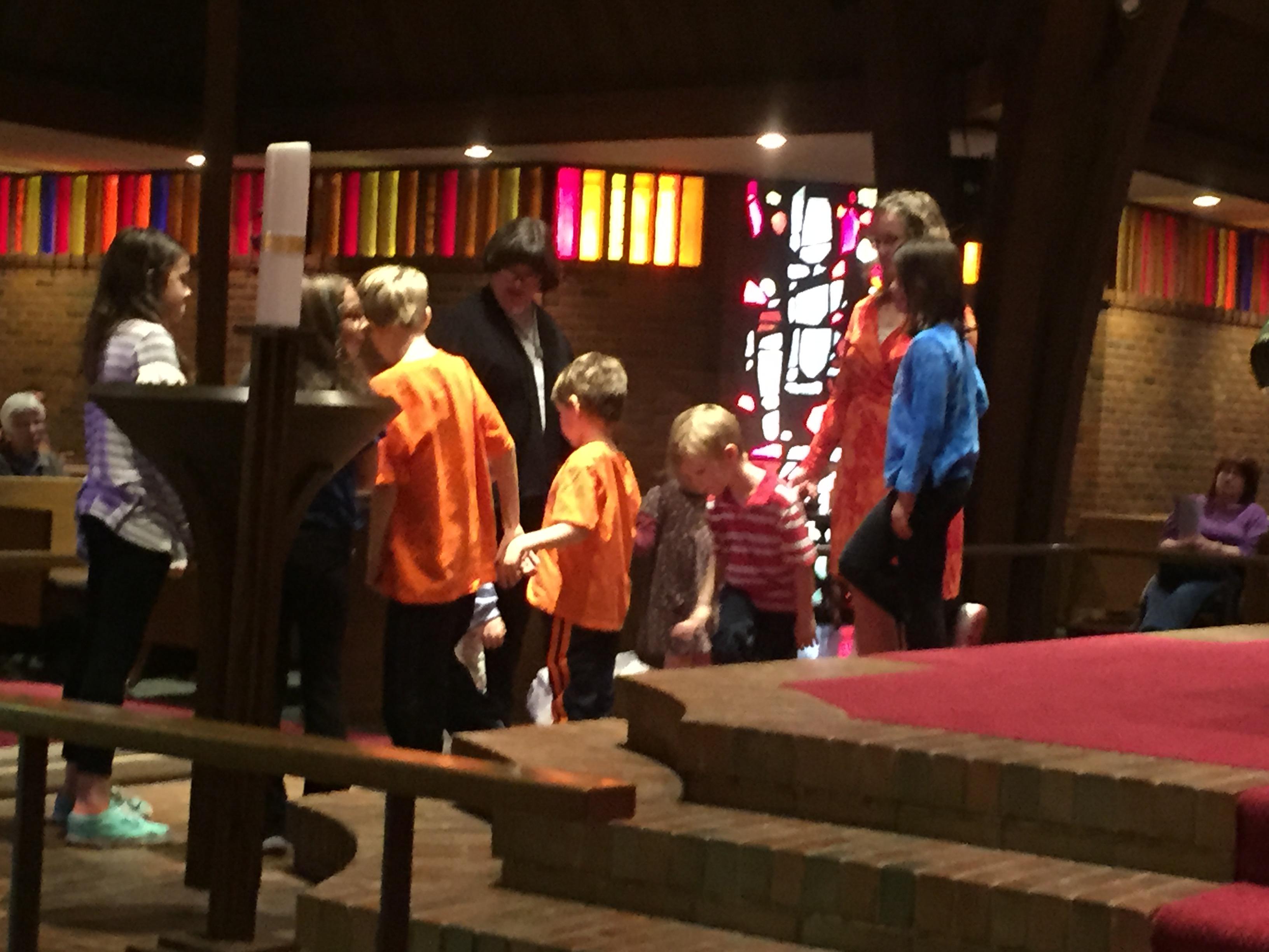 Worship kids2 IMG_3441